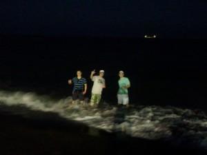 Nachtbaden im Mittelmeer