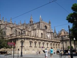 Seitliche Ansicht der Kathedrale