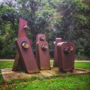 Skulptur Derry