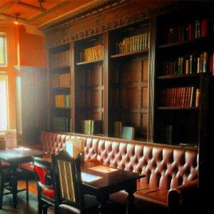 Cozy Pub in East Didsbury