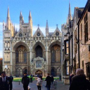 Westfassade der Kathedral