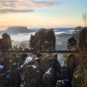 Die Basteibrücke am Morgen